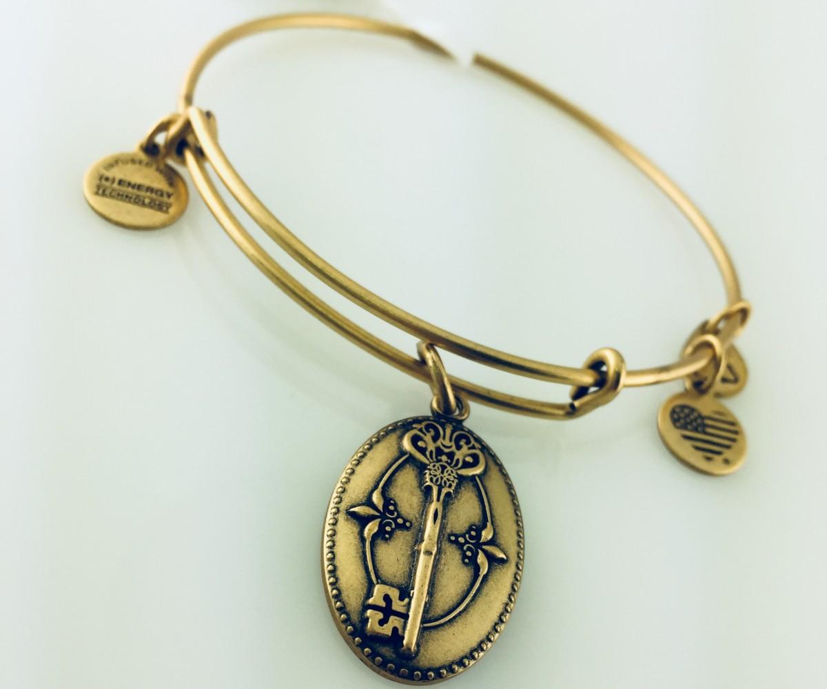 Alex And Ani Key To Life Pendant Bracelet